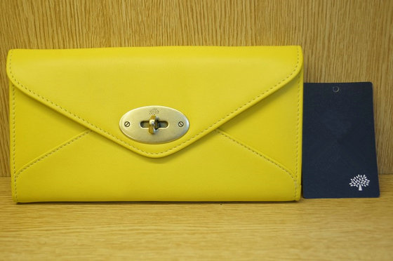 Mulberry Envelope Wallet in Yellow Leather