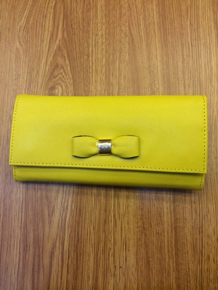 Mulberry Bow Continental Wallet in Yellow Leather