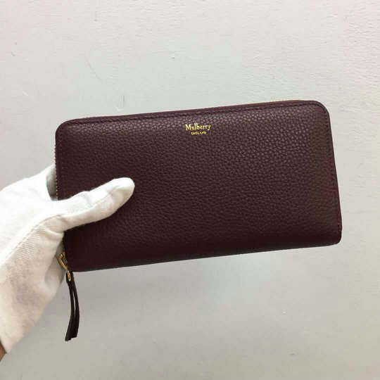 2017 Mulberry Zip Around Wallet in Burgundy Small Classic Grain